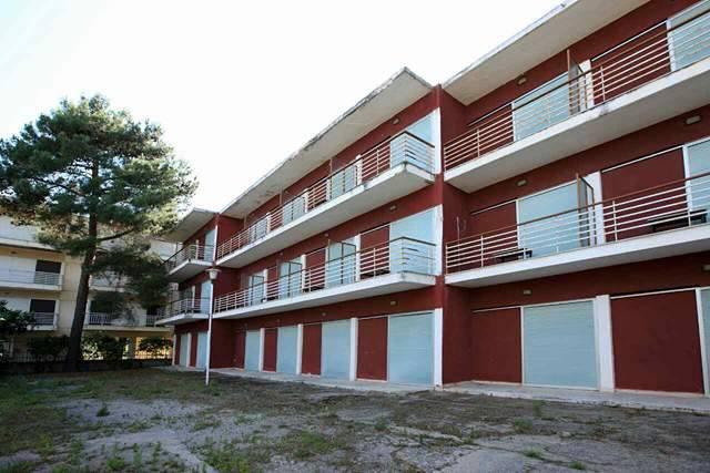 Ξενοδοχείο  σε Ασπροβάλτα